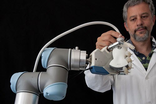 Universal Robots Automated Testing Medical Device