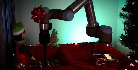 Robotiq Holiday Video