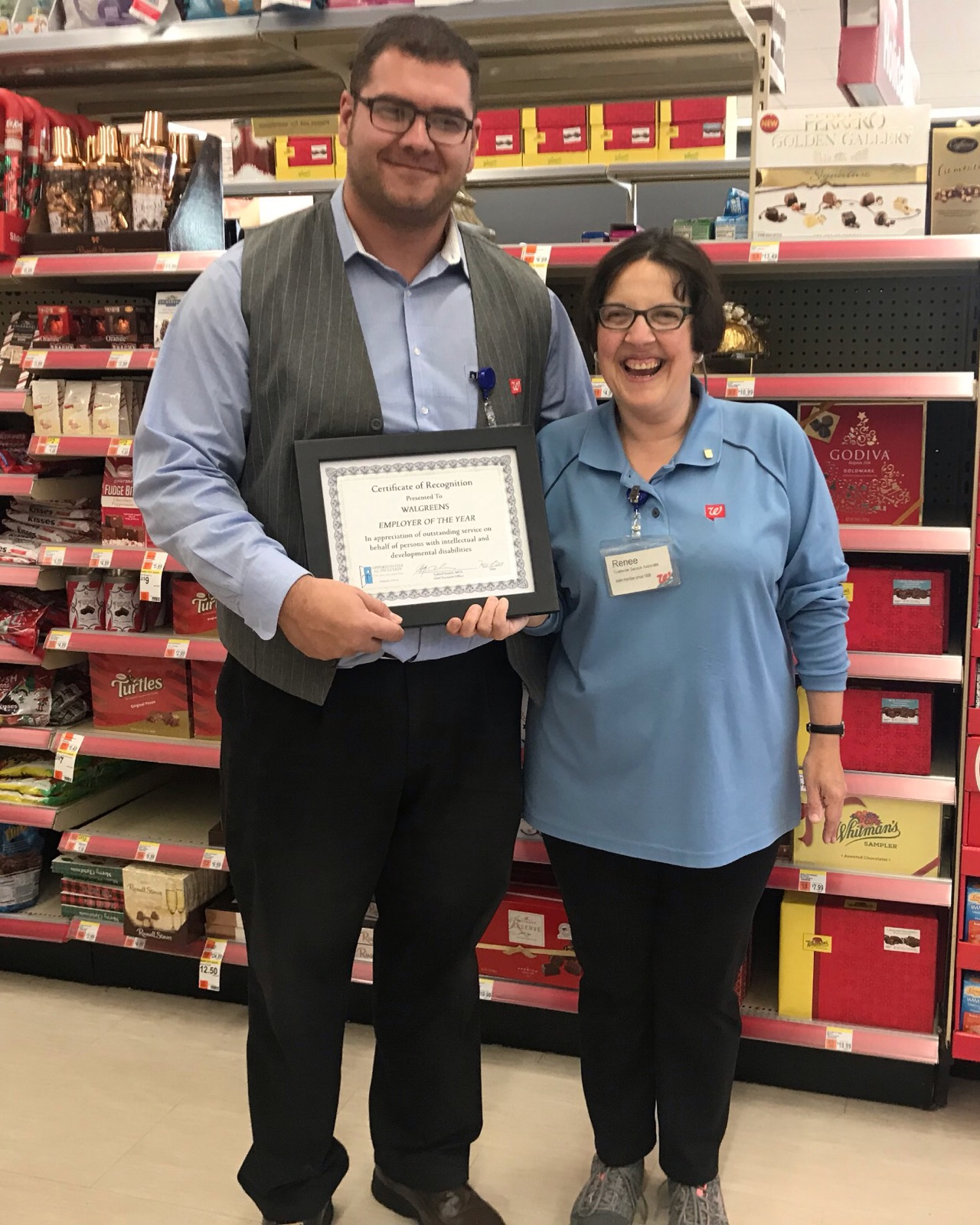 Renee_and_Walgreens_manager_11-21-19.JPG20200113135907