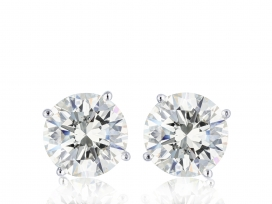 1.97ctw Diamond Stud Earrings