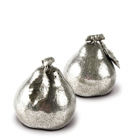 Vagabond House Pears Salt & Pepper Set/2